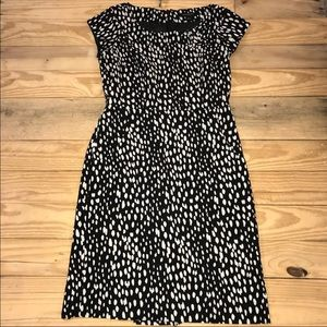 D Banana Republic Career Dress Size 4 polka dot